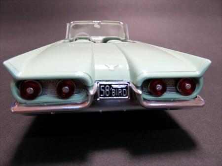 1/24 フォード サンダーバード '58