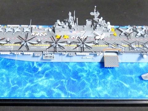 1/700 アメリカ海軍強襲揚陸艦 イオー・ジマサムネイル
