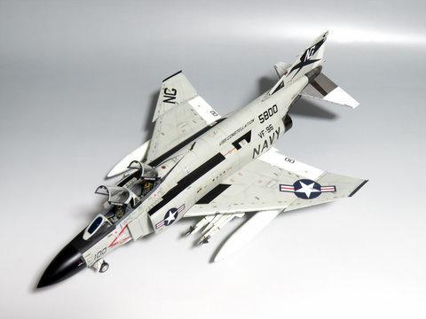 1/48 F-4J ファントムIIサムネイル