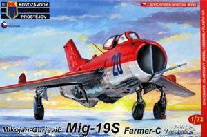 1/72 MiG-19S 「ファーマーC」 `アクロバット飛行隊`