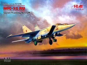 1/72 ミグ MiG-25 RU 複座偵察機