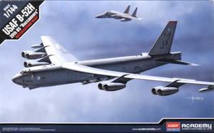 1/144 B-52H ストラトフォートレス `バッカニアーズ`
