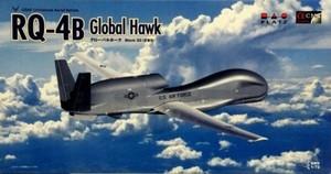 1/72 アメリカ空軍無人偵察機RQ-4B グローバルホーク